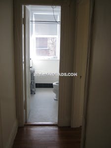 Brighton By far the best 1 bed 1 bath apt available in Washington St Boston - $2,025